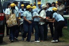 Puluhan Karyawan Sritex Kesurupan