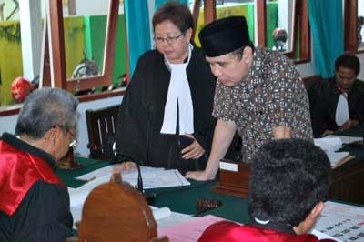 Kejati Diminta Tuntaskan Kasus Korupsi Besar