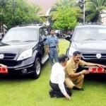 Surat Tak Lengkap, Mobil Esemka Jokowi-Rudy Dikandangkan