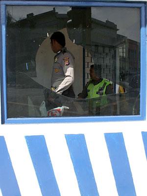 Mahasiswa Rusak Pos Polisi UMS