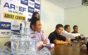 Nugroho Arief Hermawan, saat pimpin pertemuan di Arief Center