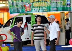 Even And Promotion King's Fun, Arip Sunandar saat acara King's Fun Vaganza, di Hartono Lifestyle Mall. Minggu (24/11/2013)