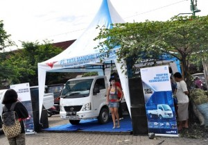 Tata Gerebeg Pasar 2013, saat di Pasar Legi Solo 23-24 Des 2013