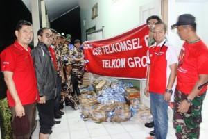 Penyerahan Bantuan Telkomsel di Kodim Pati