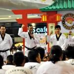 Dandim Solo Latih Taekwondo di Mal