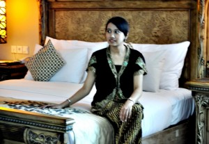 Kamar The Royal Surakarta Heritage. Hotel dengan label M Gallery ini mengusung konsep batik
