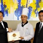 Gandha Karyawan Terbaik Sunan Hotel Solo