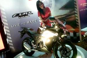 Honda CBR 150, Live To Race