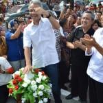 Jokowi Lepas Burung Merpati