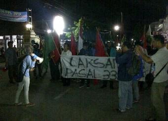 Ricuhnya Demo BBM di Sukoharjo