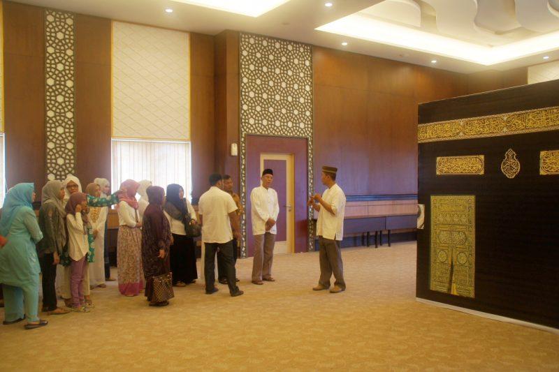 Manasik Kecil di Syariah Hotel Solo