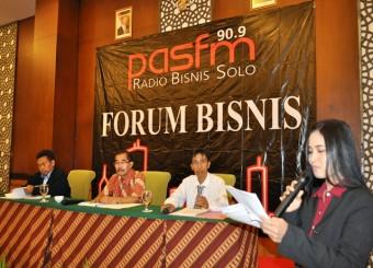Forum Bisnis : UMK 2015 Jalan Terus ?