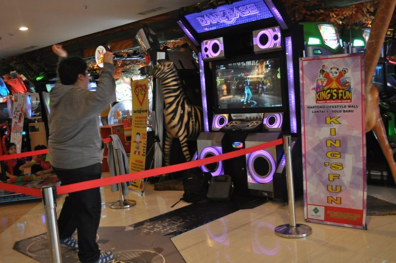Kompetisi Games di Famoustar Show Kings Fun