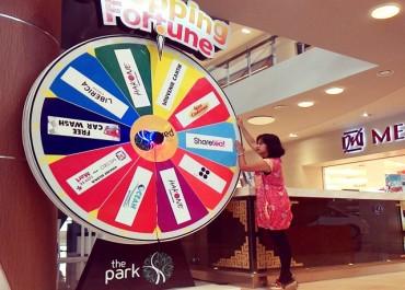 Shopping Fortune di Hakone Ramen The Park Mall