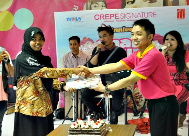 Crepe Signature Berbagi Bersama Anak Panti
