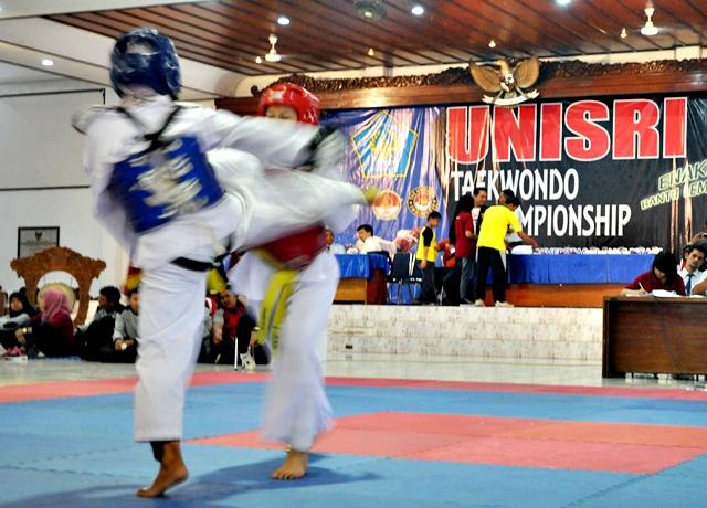 Unisri Gelar Taekwondo Championship