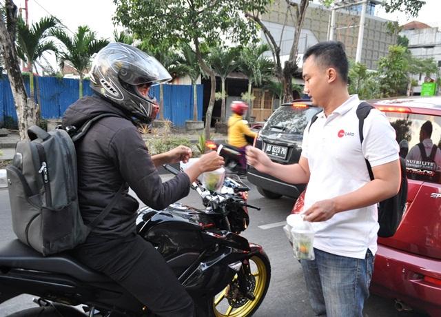 SBC Bagi-Bagi Takjil & Suvenir Batik Gratis