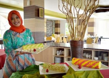 Syariah Hotel Solo Rilis Fabulous BatikKU