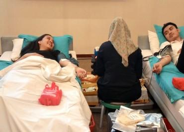 Donor Darah Lengkapi Perayaan Natal Nobis Hotel