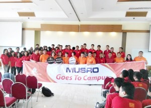 Musro goes to campus