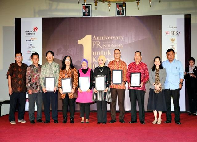 Pemenang PRIMAS Kategori Kementerian bersama Dewan Juri