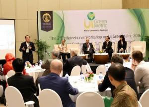 Para Pemimpin Rektor saat Diskusi Kampus Hijau