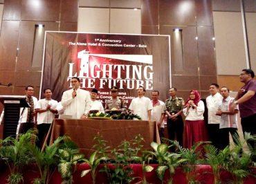 Lighting The Future, Tahun Pertama Alana Bermakna