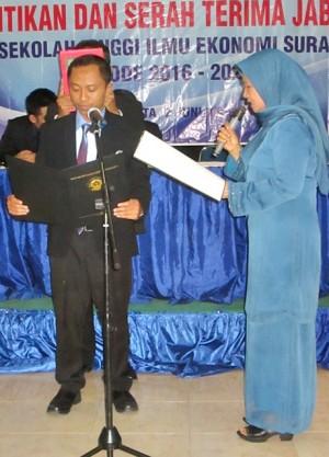 Budi Istiyanto saat serah terima jabatan Ketua STIE Surakarta. Kamis, 2 Juni 2016.