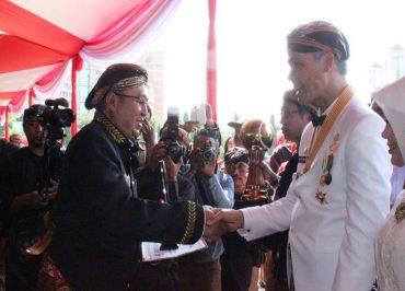 Hari Jadi Provinsi Jateng ke 66 Holcim Raih CSR Award