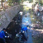 Peduli Lingkungan, UNIBA Bersih-Bersih Sungai