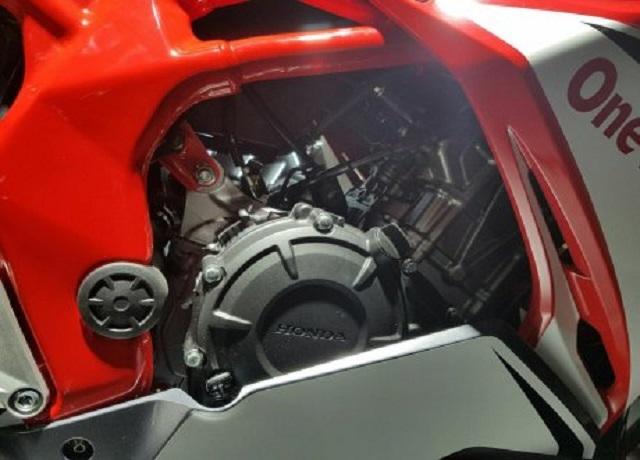 mesin-All-New-Honda-CBR250RR-Merah-4