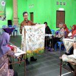 UNIBA Solo Pemberdayaan Pengrajin Batik