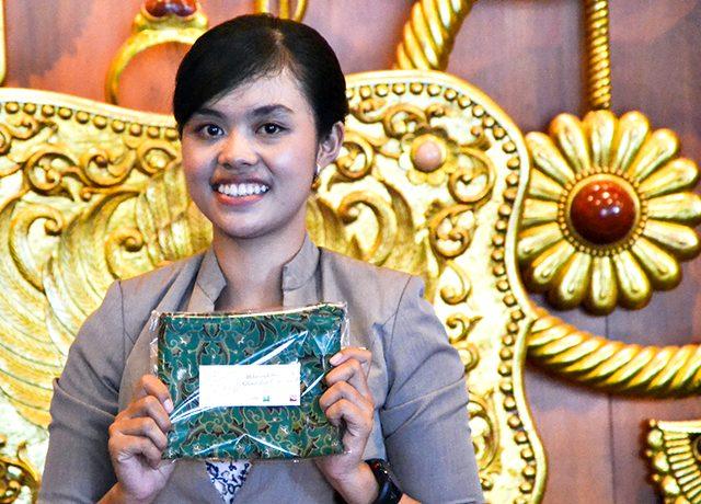 souvenir-dari-batik-soga