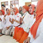 Sosialita Solo Kartini-an di Panti Jompo