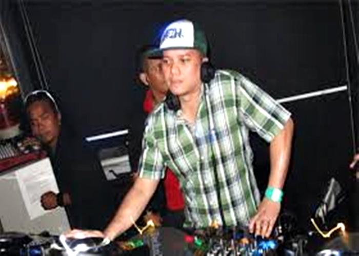 DJ Riri Mestica Siap Mengguncang Musro The Sunan Hotel Solo