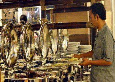 Syariah Hotel Solo Hadirkan Menu Buka Puasa Kental Tradisi