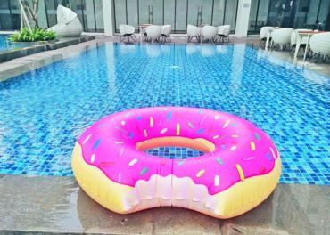 Ini Lho…Pool Delight Hotel Harper Purwakarta