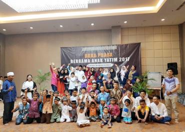 Harper Hotel Purwakarta Adakan Buka Puasa Bersama Anak Yatim & Piatu