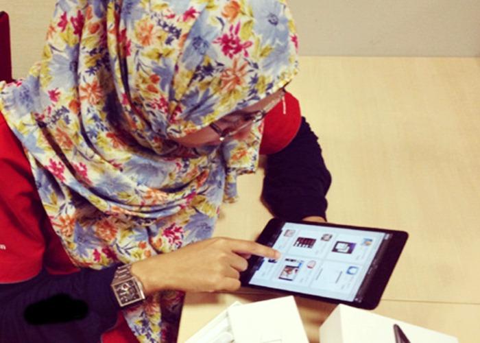 Emansipasi Digital Buktikan Wanita Juga Melek Teknologi