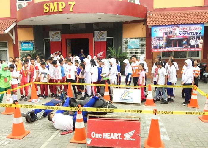Safety Riding Jadi Program MOS di SMP Negeri 7 Semarang