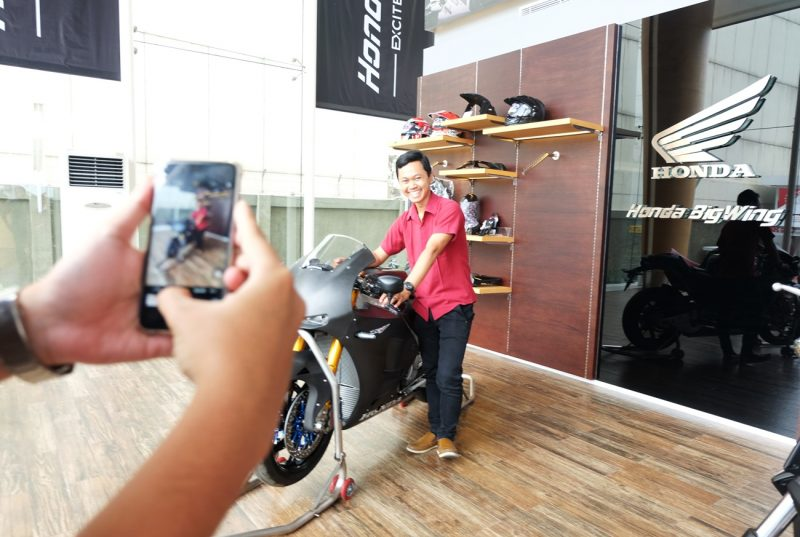 Astra Motor Jateng Tampilkan Versi Jalanan Motor Balap Marc Marquez