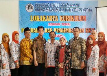 Uniba Solo Lokakarya Kurikulum Penerapan dan Pengembangan KKNI
