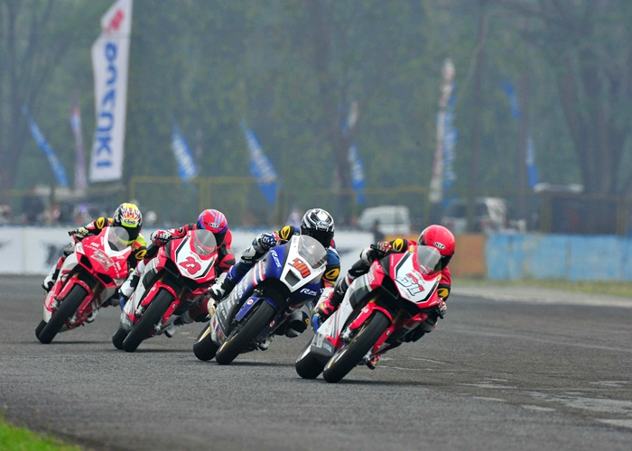 Pebalap Astra Honda Podium Race II ARRC Sentul