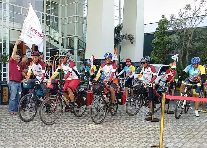 Tim Gowes AMA Indonesia Meluncur Dari Semarang Ke Solo