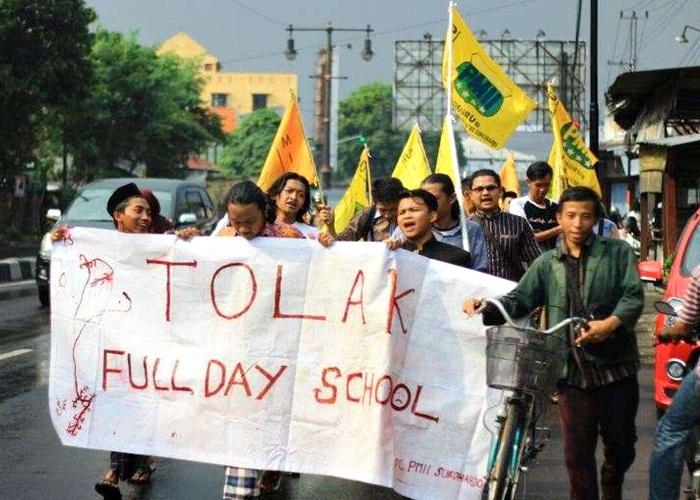 18.000 Masa NU Jihad Tolak Full Day School