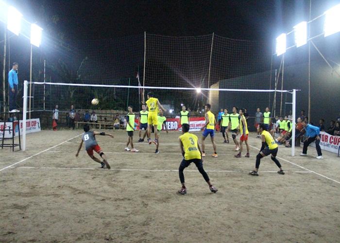 32 Tim Voli Ramaikan Turnamen Piala Rektor Cup Unisri