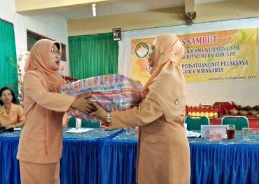 Khidmat, Sertijab Ketua Dharma Wanita SMPN 8 Solo