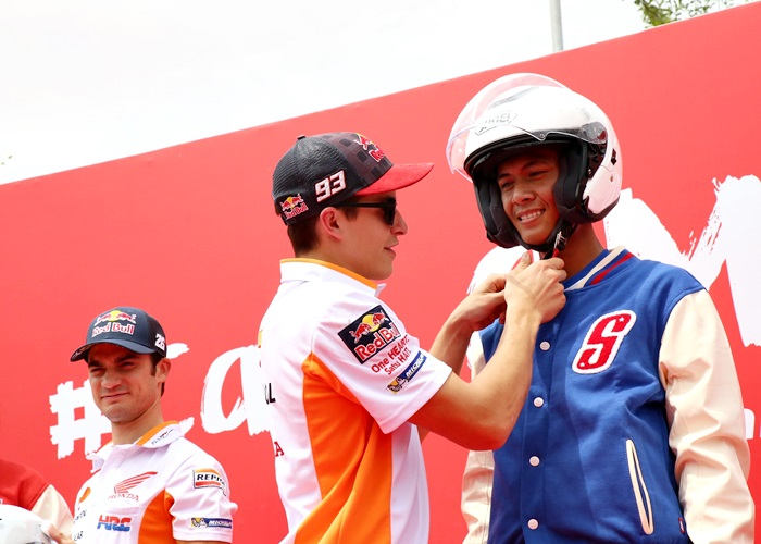 Pebalap MotoGP Marc Marquez dan Dani Pedrosa Tularkan Keselamatan Berkendara