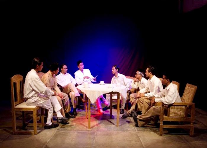The Meeting Eksplorasi Karya Desrat Fianda