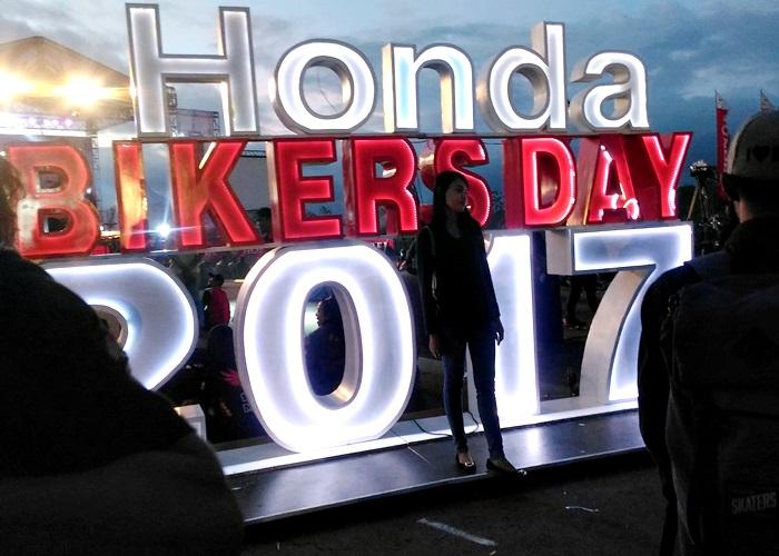 Brotherhood in One Adventure Biker Honda Day 2017